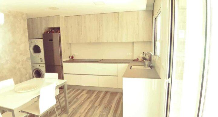 Cocinas abiertas, soluciones para viviendas pequeñas.
